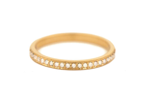 Celine Daoust Bridal Wedding band One detailed line and Diamonds