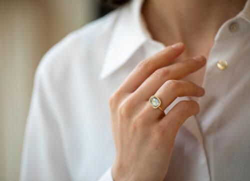 Slice of the Universe Stella Grey Diamond slice and Diamonds Ring